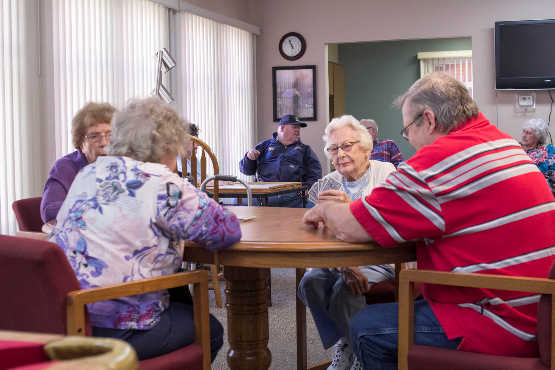 Our residents love gathering to play cards.